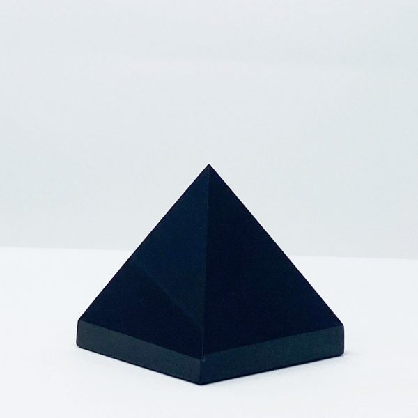 Black-obsidian-crysal-pyramide-gemstone