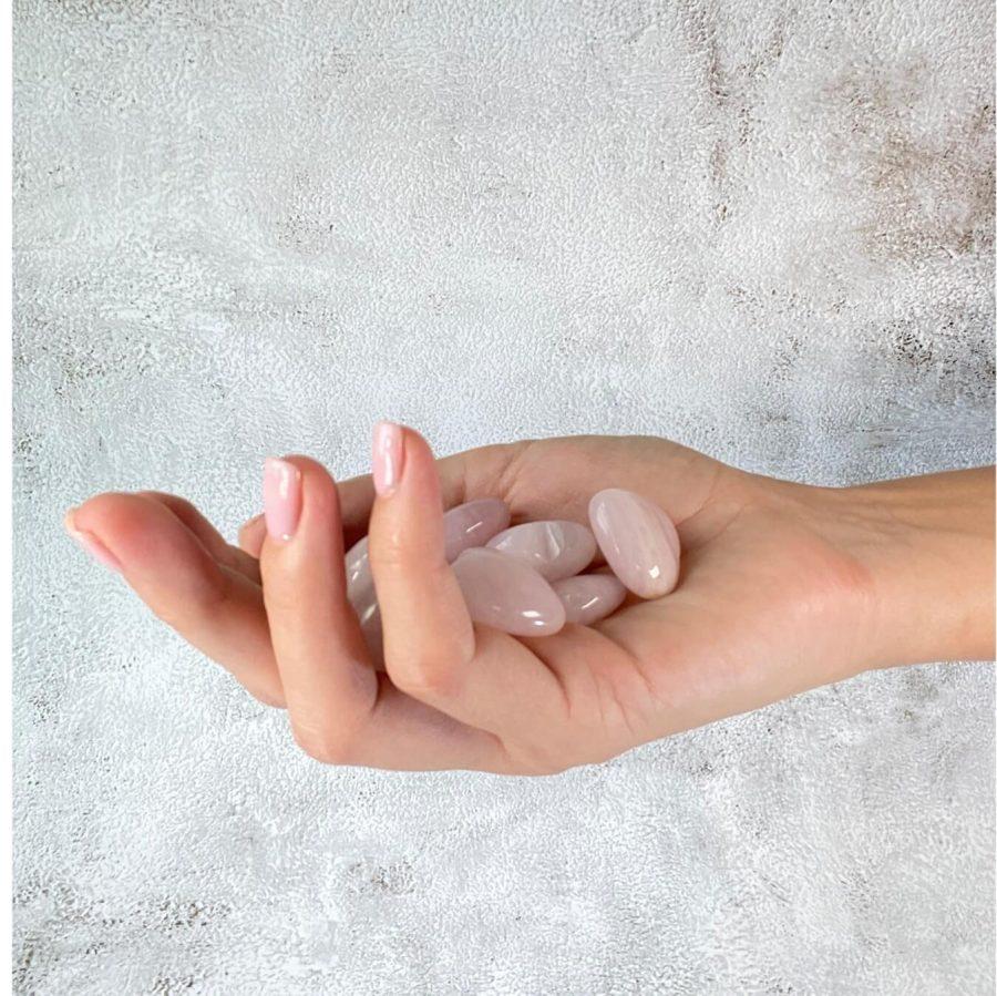 love-stone-rose-quartz-heart
