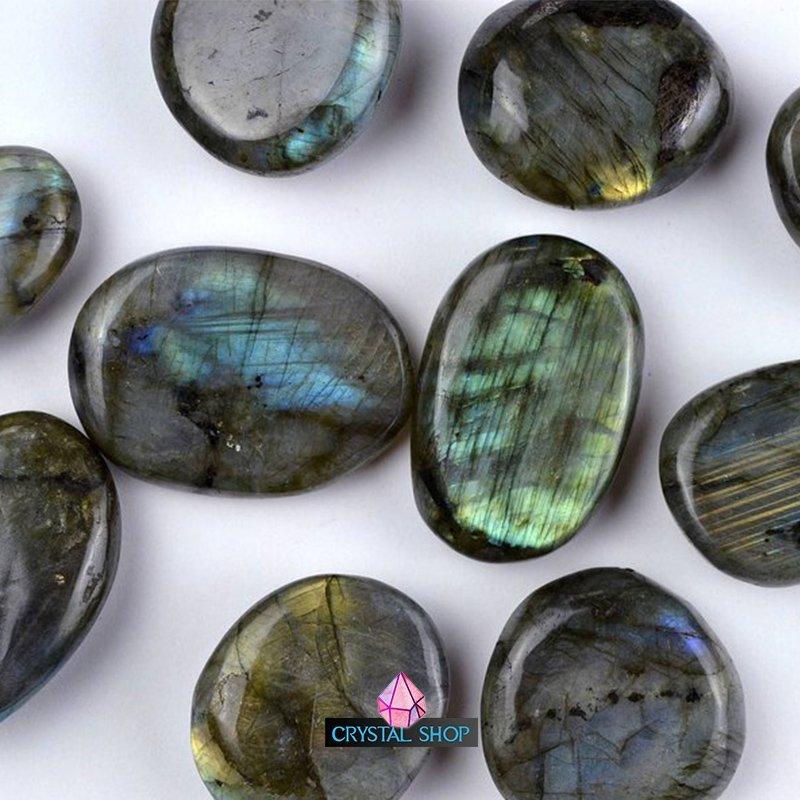 labradorite palm stone 3