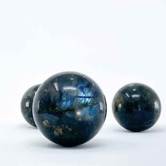 labradorite-sphere-crystal-ball
