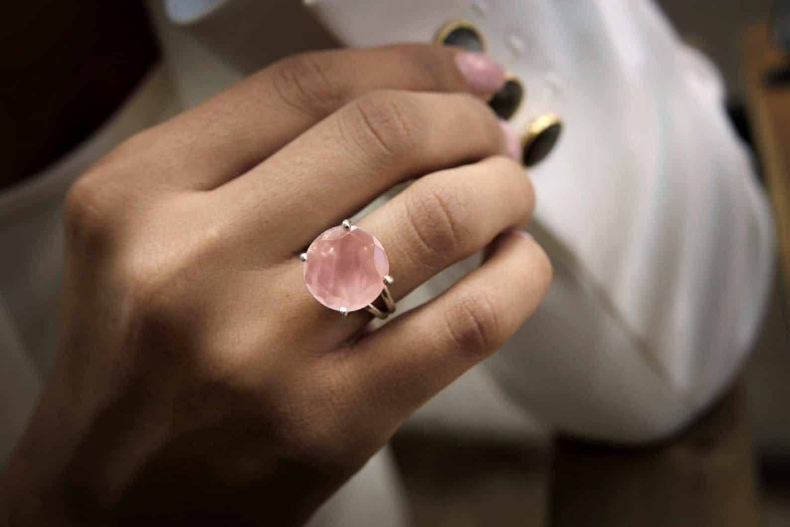 rose quartz gold ring