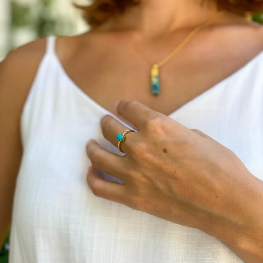 turquoise ring crystal